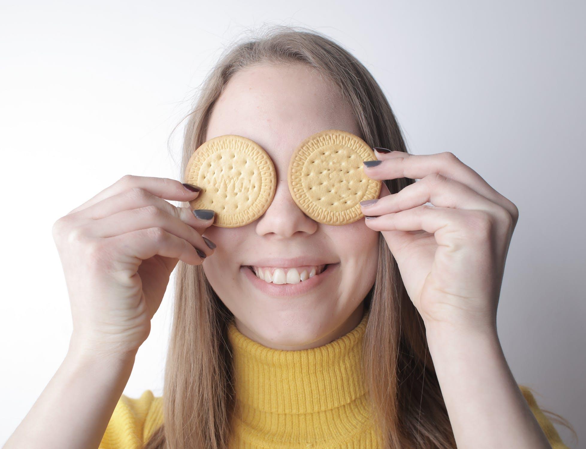 sušenky na očích